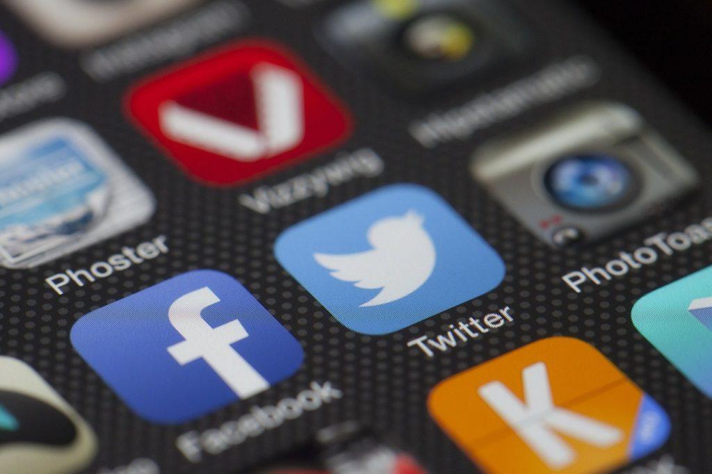 Social Media Marketing Beratung - ganzVORNE - Online Marketing in München und Starnberg